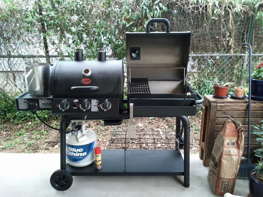 Best 2 Gas BBQ Smokers reviewed: what to look out for when buying
