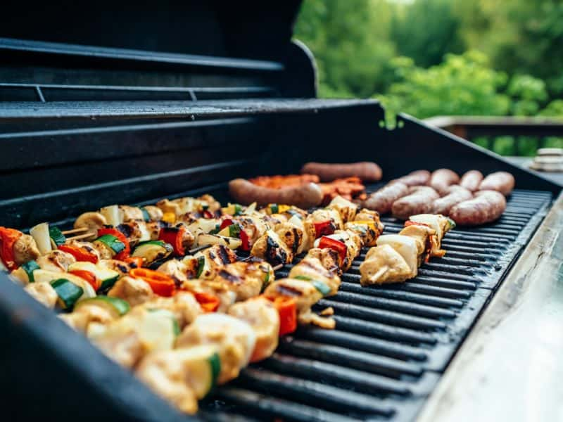 3 tips on how to make a great BBQ Smoker Centered Outdoor Kitchen