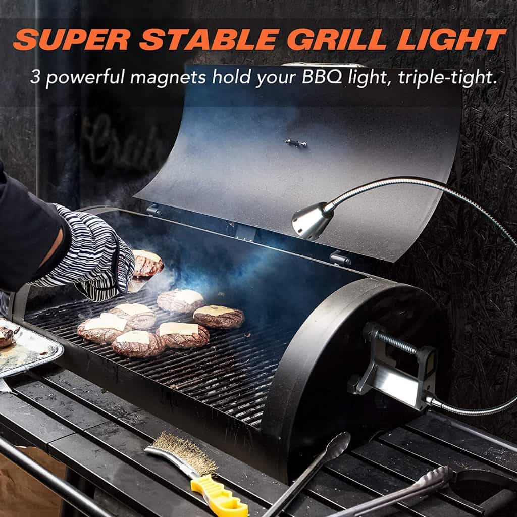 Magnetic grill light