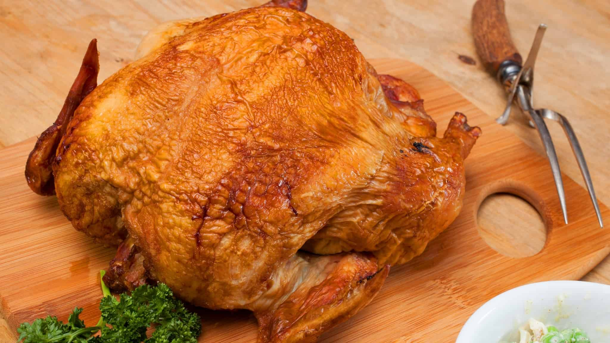 Best wood for smoking poultry: Complete guide +pairing tips