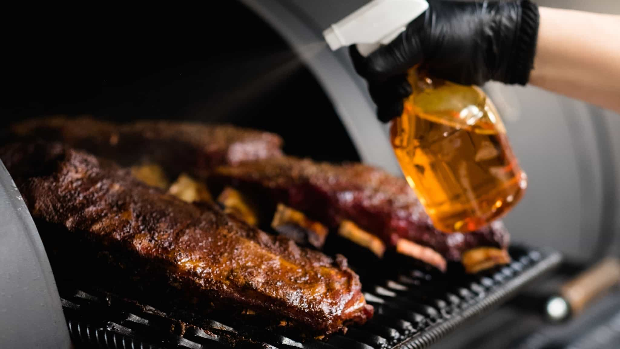 How to use a BBQ smoker: easy guide to your first smoked meat