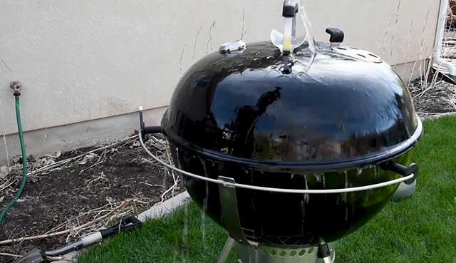 how-to-clean-weber-charcoal-grill