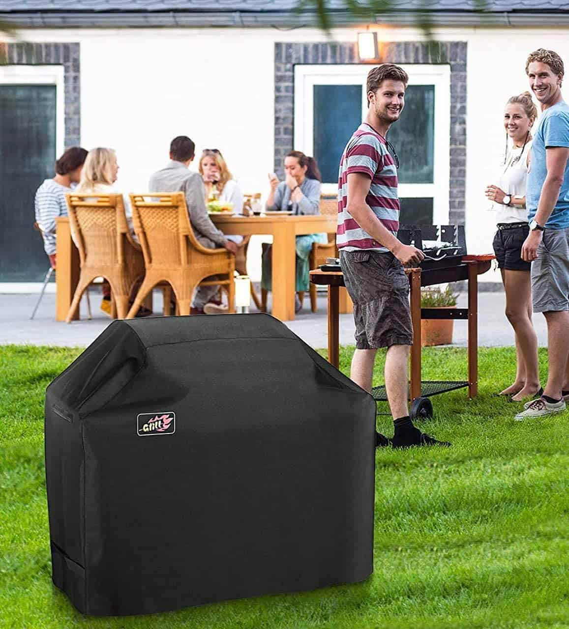 The best overall grill cover: Homitt 58-inch 600D in the garden